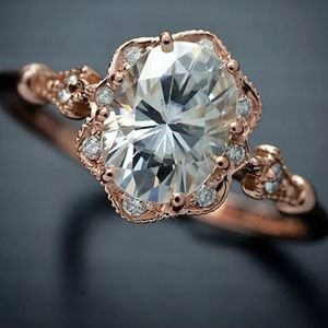 ROSE GOLD EYE CATCHING VINTAGE DIAMOND RING